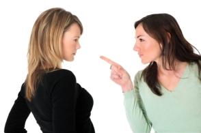 7 Women-Confrontation